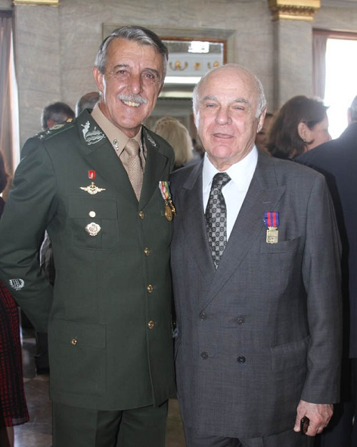 IMG 3585 Medalha do Pacificador entregue com todas as honras nesta véspera do Dia do Soldado