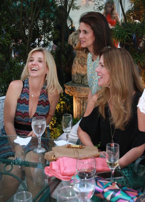 Frering-Luiza Pretmann, Paula Nabuco e Viviane rocha