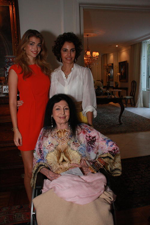 Frering-Maria, Antonia e Carmen Mayrink Veiga