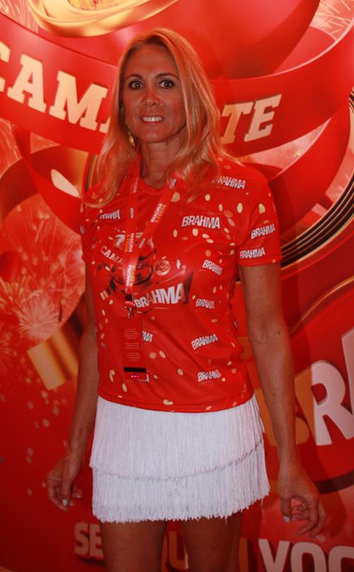 Brahma-ex-jogadora de basquete Hortência Marcari.jpg1