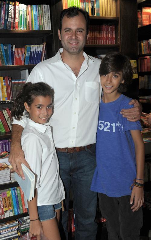 Felix-155 Erick Figueira de Mello - filhos Luiza e Felipe