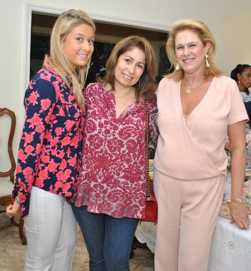 Clara-RAPHAELA  CRISTINA LIPS  E GLORINHA SEVERIANO RIBEIRO  MESA DECORAD POR LIPS
