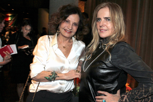 Fasano-IMG_2000-Rosamaria Murtinho e Laja Zilberman