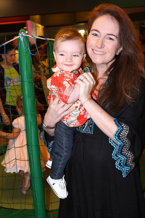 Agendinha-IMG_5753-Daniela Fiszpan e sua filha Bibi