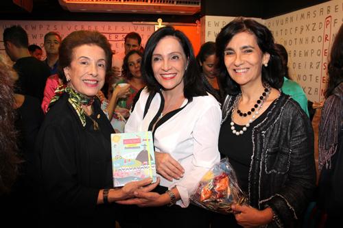 Agendinha-IMG_6062-Dalal Achcar  Liliana Rodriguez e Kátia Leite Barbosa
