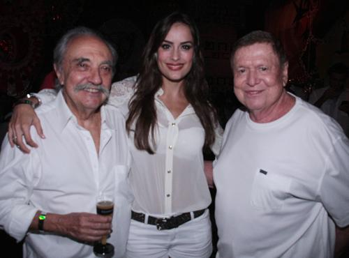 Hípica- Jose Hugo celidonio  Heaven Delhaye e Boni