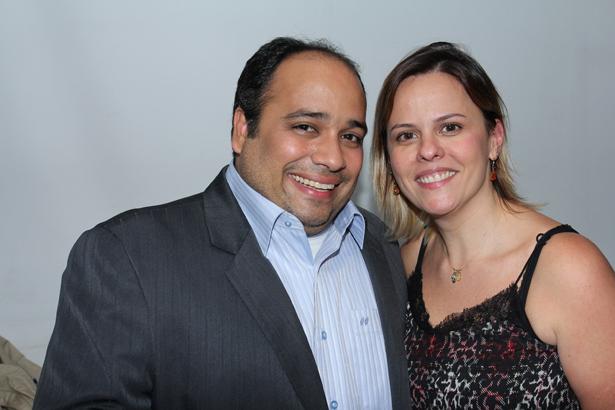 IMG_9262-Padre Omar e Adriana Lazaroni