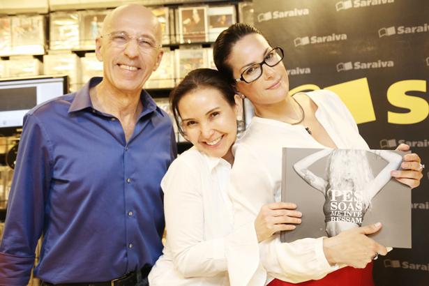 Paulo de Carvalho e Adriana de Carvalho com Paula Klien