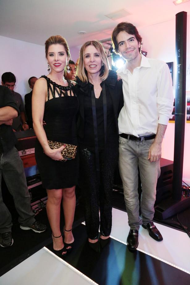 Bianca Marques   Liege Monteiro e Luiz Fernando Coutinho8900