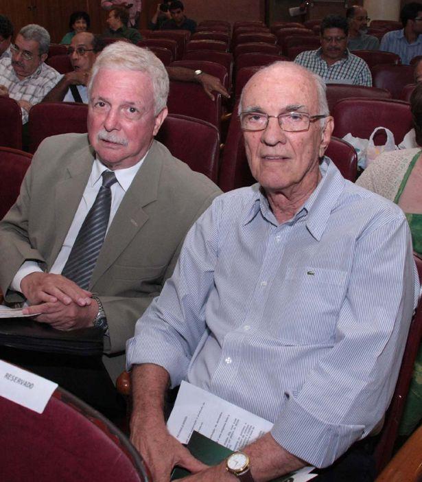 Petrobrás José Carlos Assis e Roberto Saturnino Braga