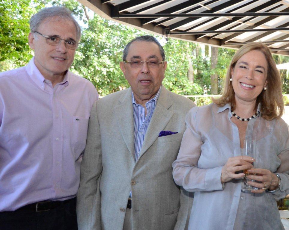 Levinson Almir Ghiaroni, Roberto Halbuti e Mary Del Priore