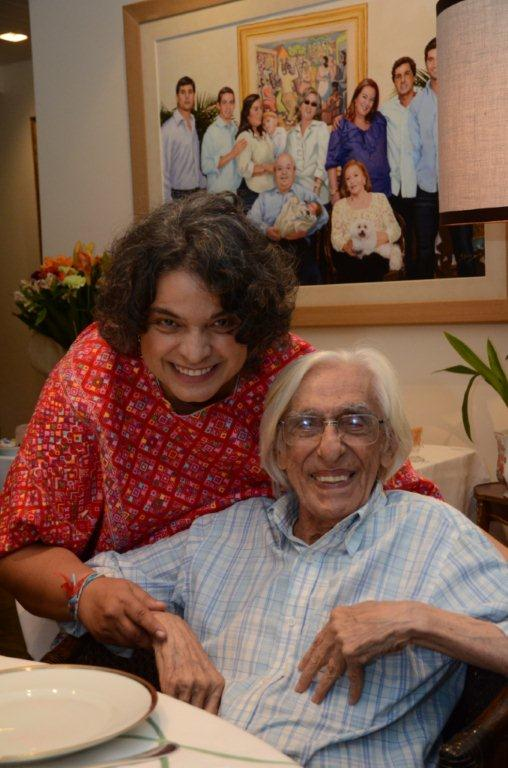 Levinson Beatriz Paredes (Emb. México) e Ferreira Gullar