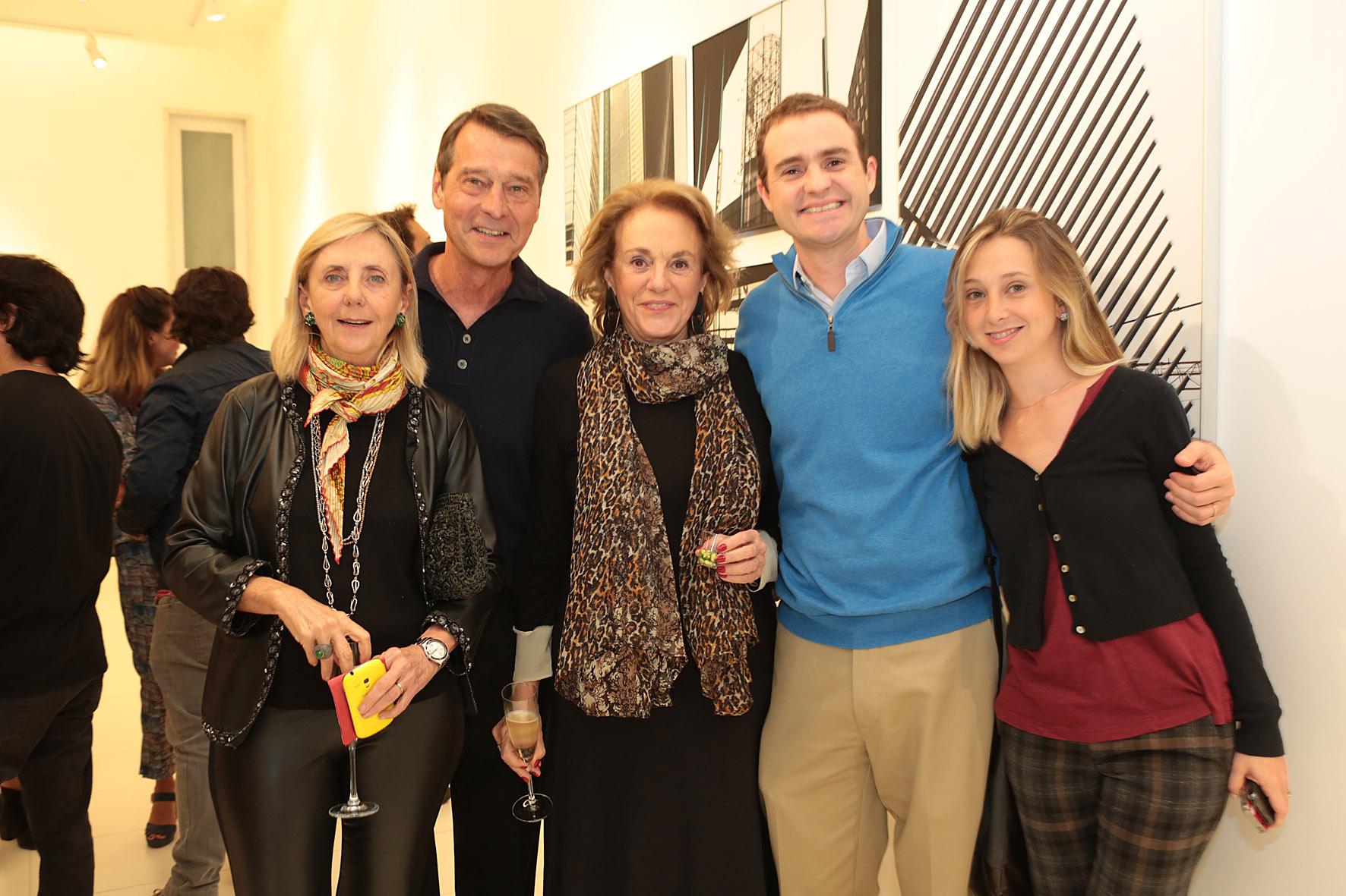 Tereza Seiler, Teddy Seiler, Rosa Cordeiro, Rodolfo Cordeiro e Carolina Guerra_AGi9_Reginaldo Teixeira_p
