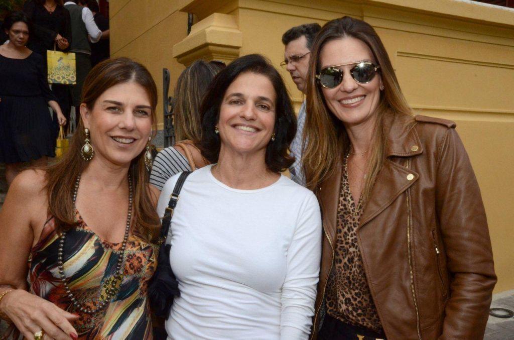 Bebel Palhares entre Tininha e Gilda Tostes