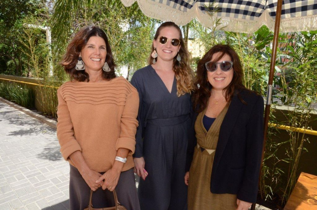 Carlota Gasparian, Carol Kovarik e Adriana Pedrosa