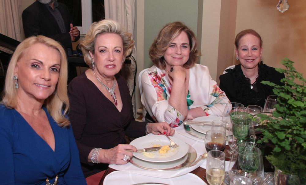 Stela e Maria Celia Moraes, Hildegard Angel e Leise espirito Santo