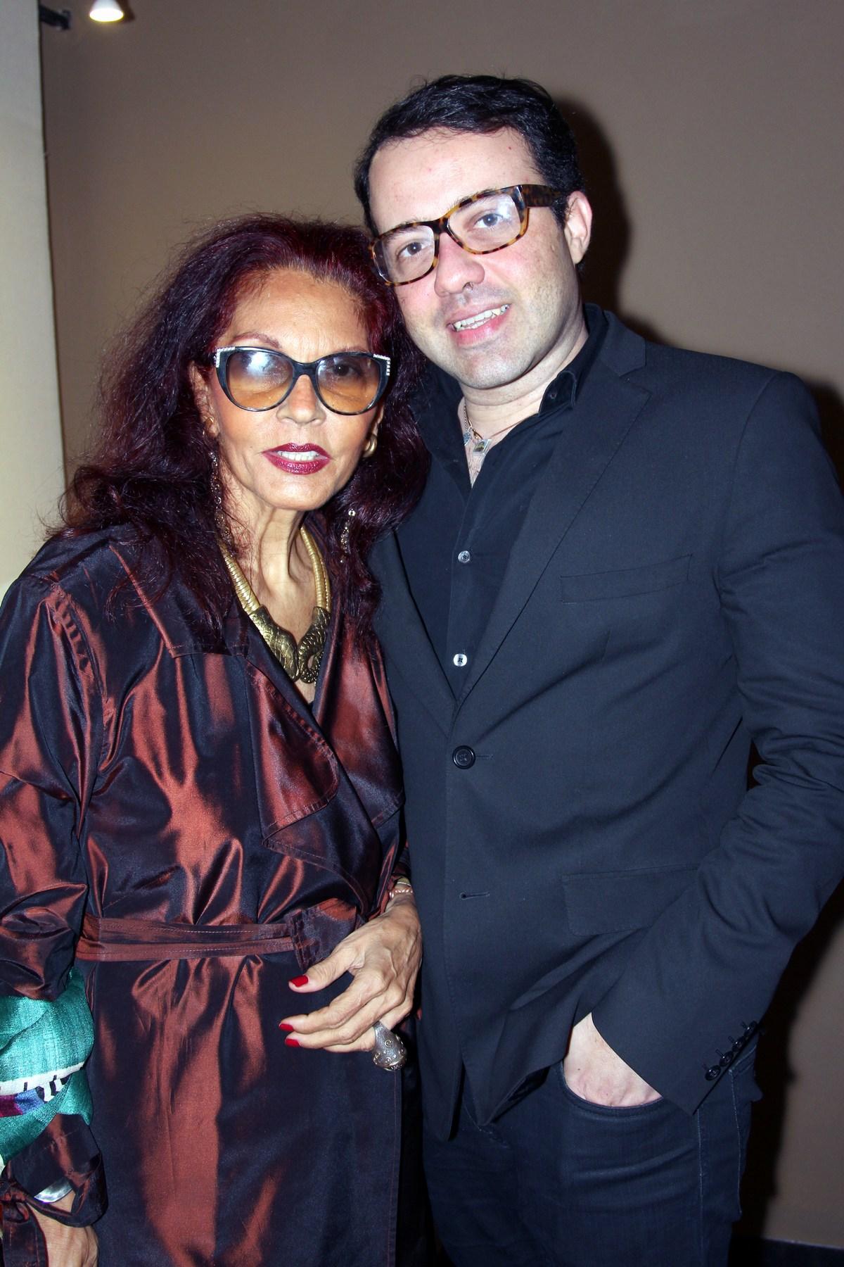 joia brasil-Tania Caldas e Gustavo Gonçalves