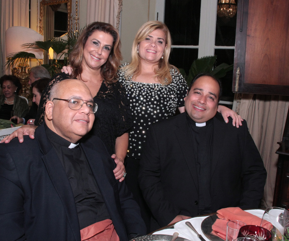 padre Jorjão, Sylvia ururay,Regina ximenez e padre Omar Raposo