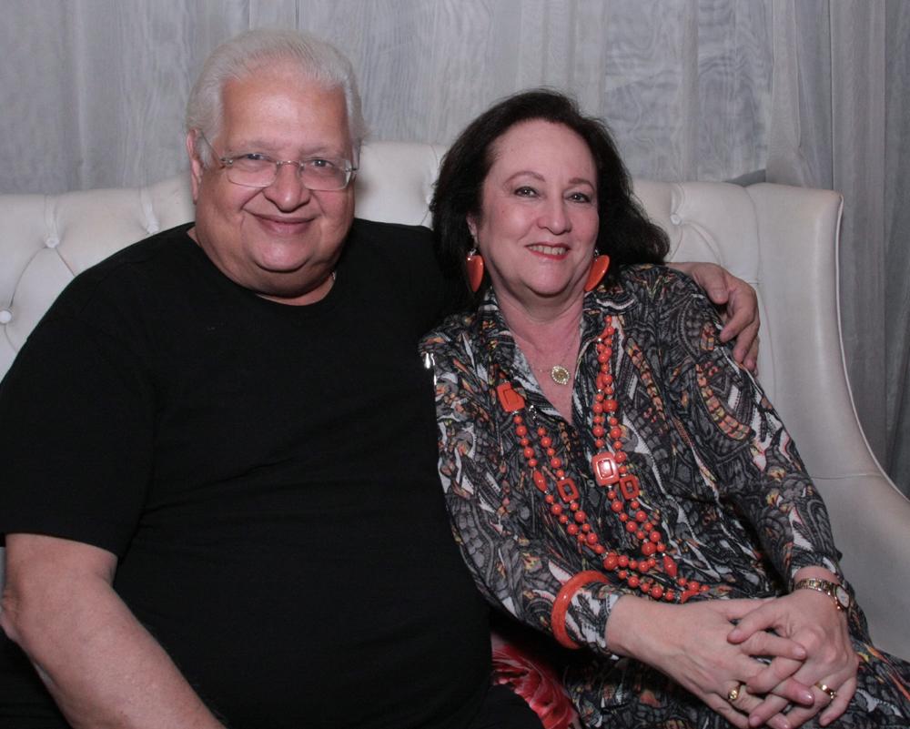 Íssima Carlos e Beth Serpa